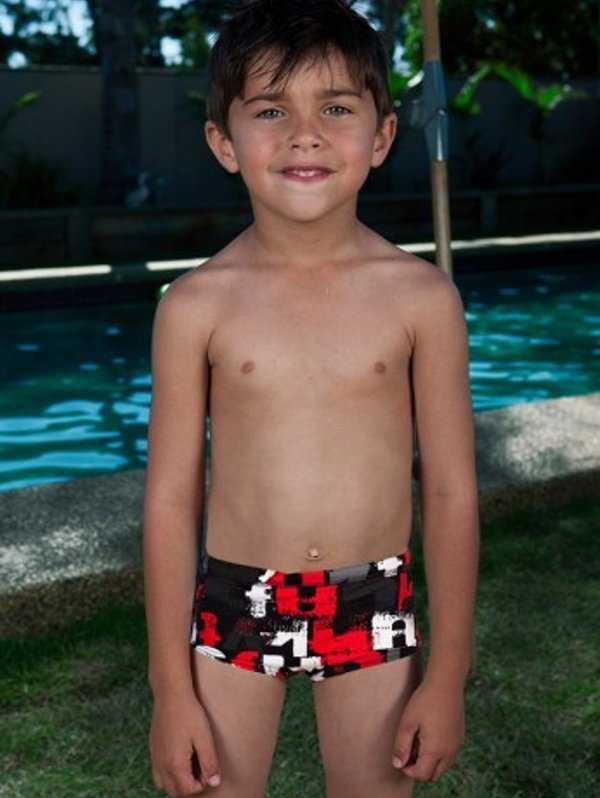 Imagenes De Trajes De Baño Para Ninos:Colores lindos para los traje de baños de los niños Esta prenda es