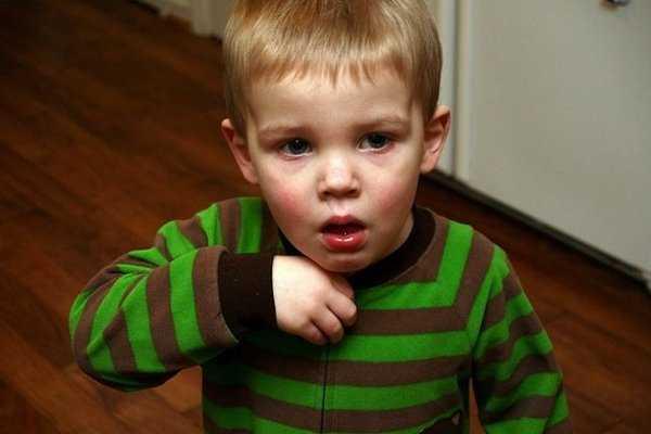 Si tu niño presenta problemas respiratorias, acude a un doctor