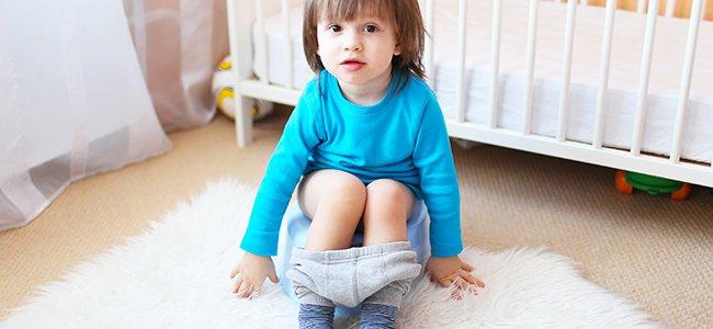 Sonar En Un Baño Orinando:Qué hacer si mi hijo no quiere dejar el pañal?