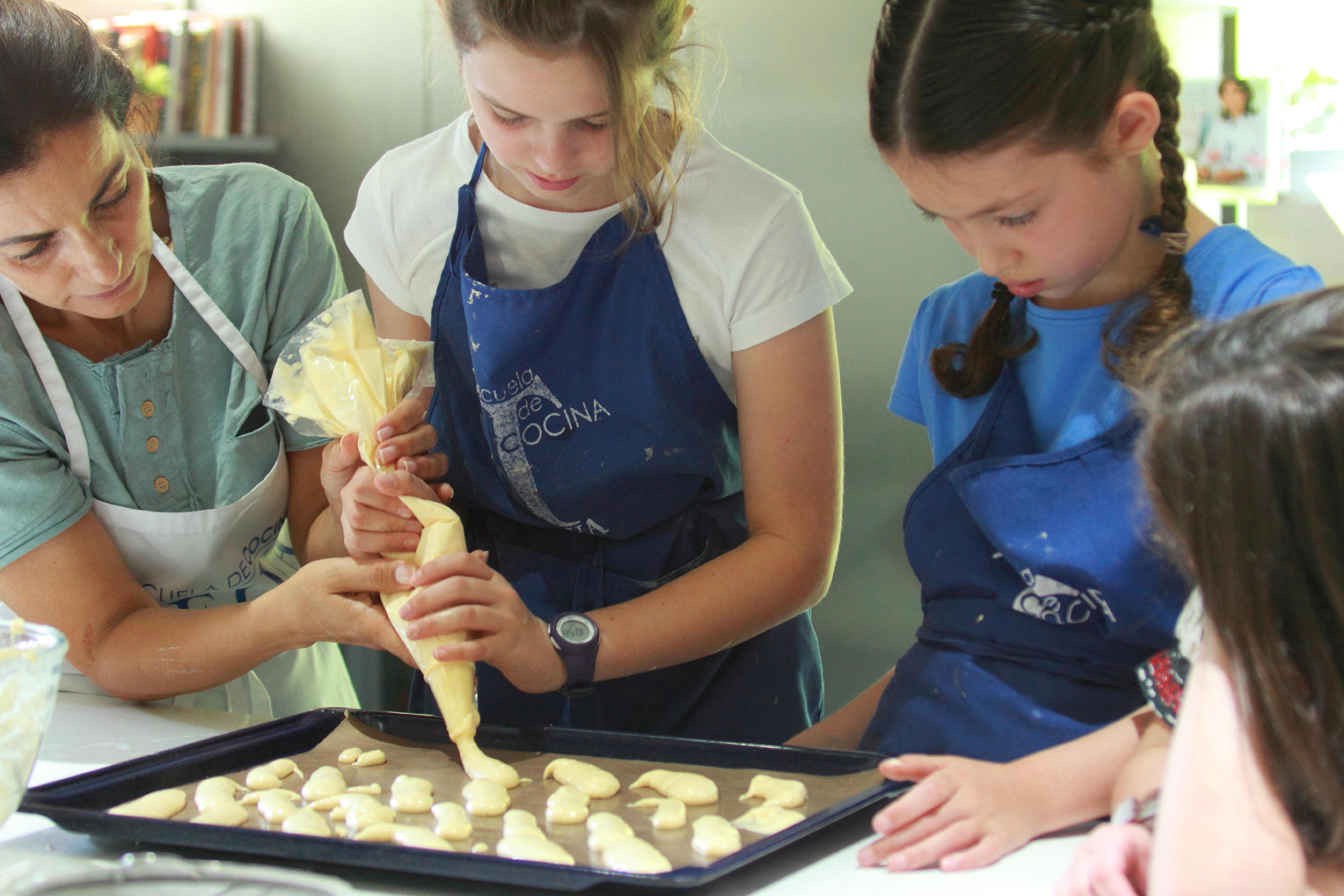 Ayuda a tu ni o a ser independiente seg n su edad - Practicas de cocina ...